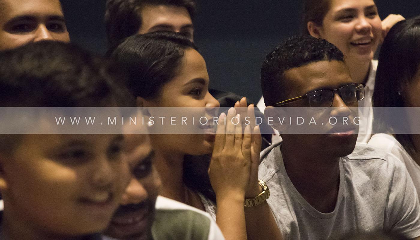 Servicio De Jóvenes