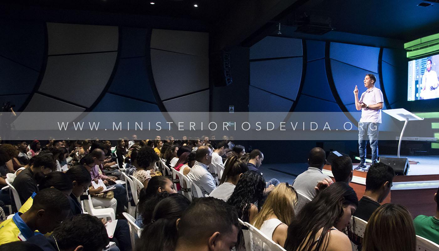 Primera Jornada Del Seminario De Noviazgo