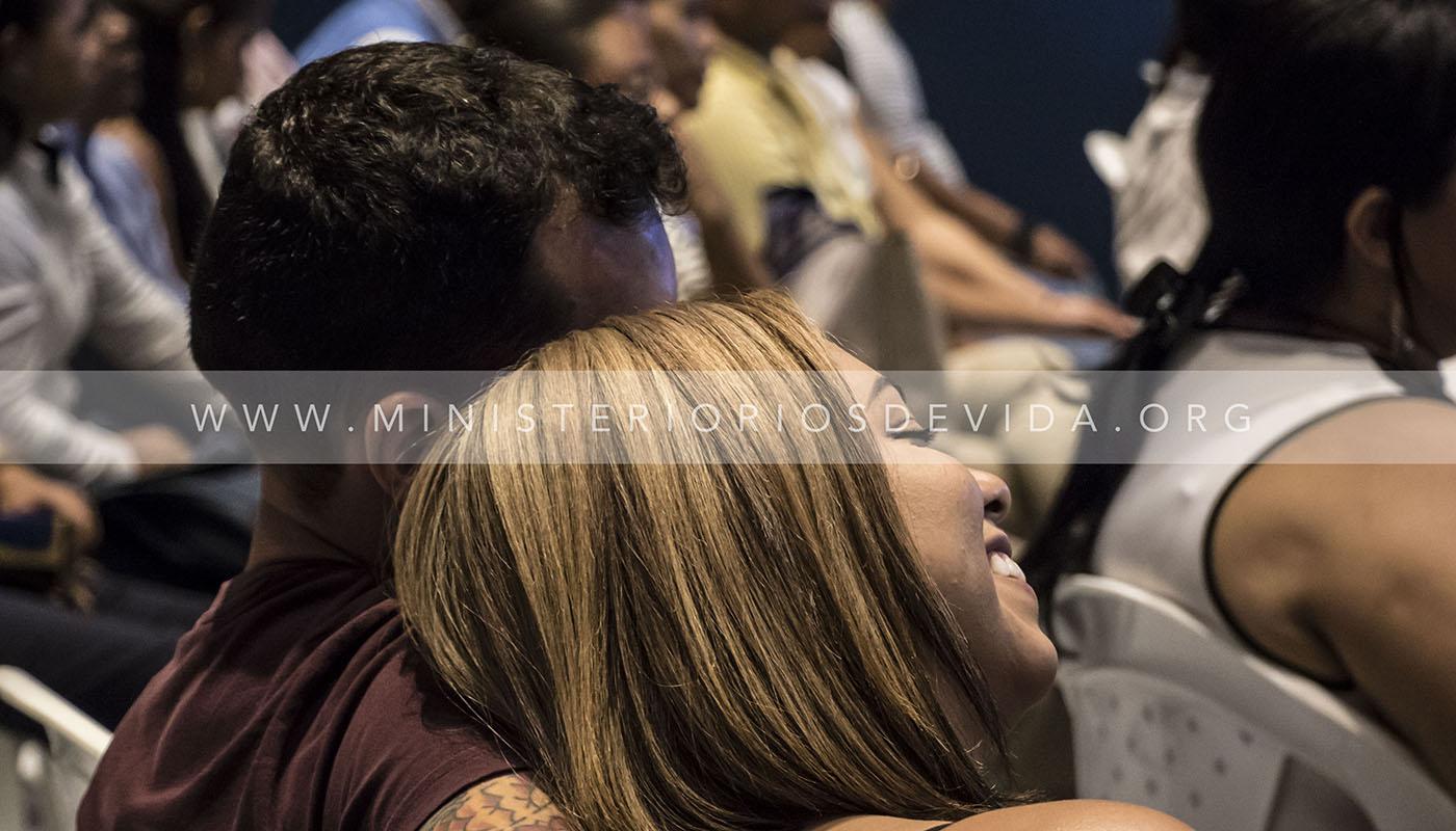 Servicio Para Matrimonios Con Los Pastores John Y Alba Romick