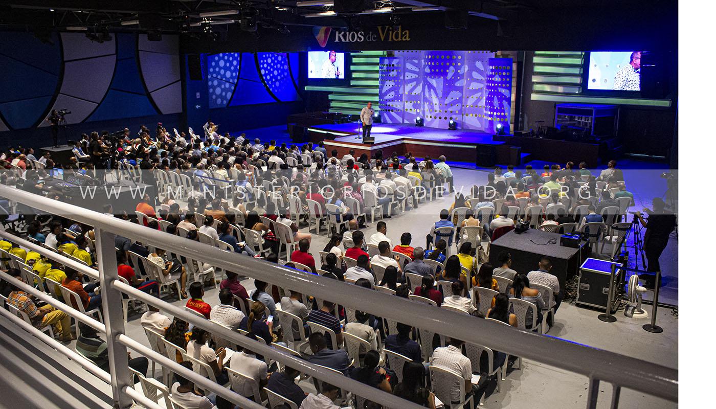 ¿Los Cristianos Oran El Padre Nuestro? Parte 1